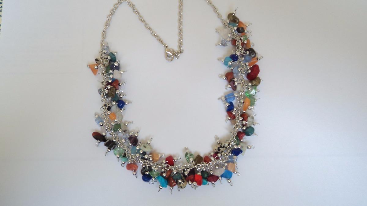 aa301c5e9a94 collar artesanal con piedras semipreciosas variadas naturale. Cargando zoom.