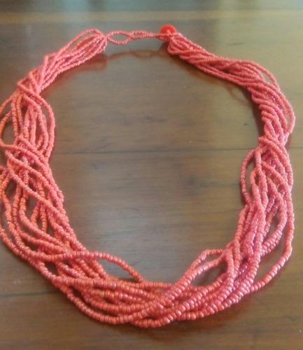 collar autentico de coral rojo fino.