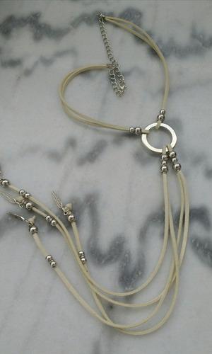 collar bijou largo