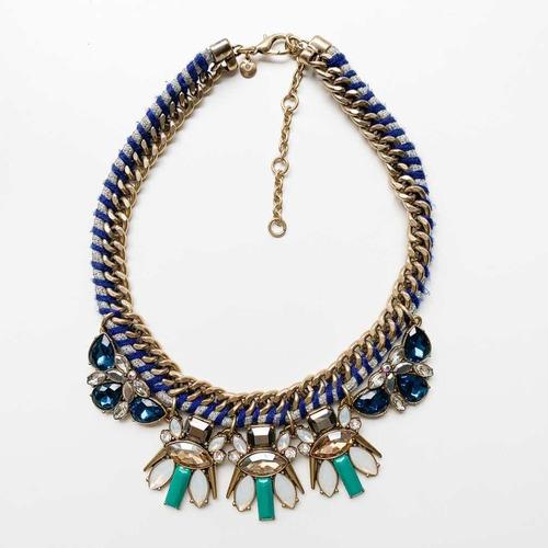 collar cadena dorada y cordón combinado con piedras
