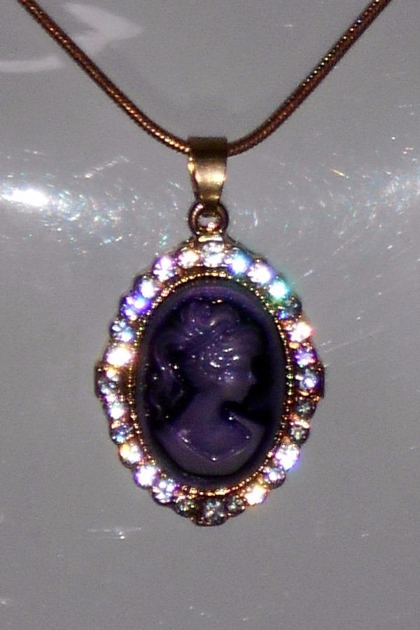 b2c957584c65 Collar Camafeo Morado -   120.00 en Mercado Libre