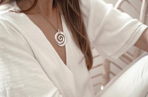 collar con espiral