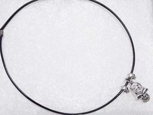 collar de calaveras con estrella en la frente skpalace