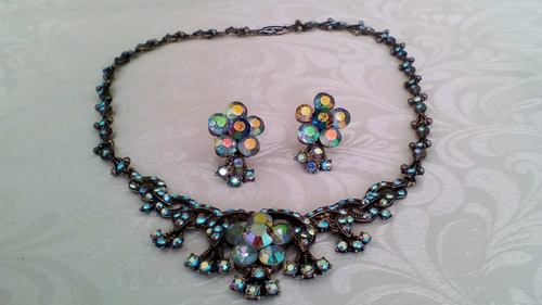 collar de cristal swarovski.  hermoso zarcillos formando set