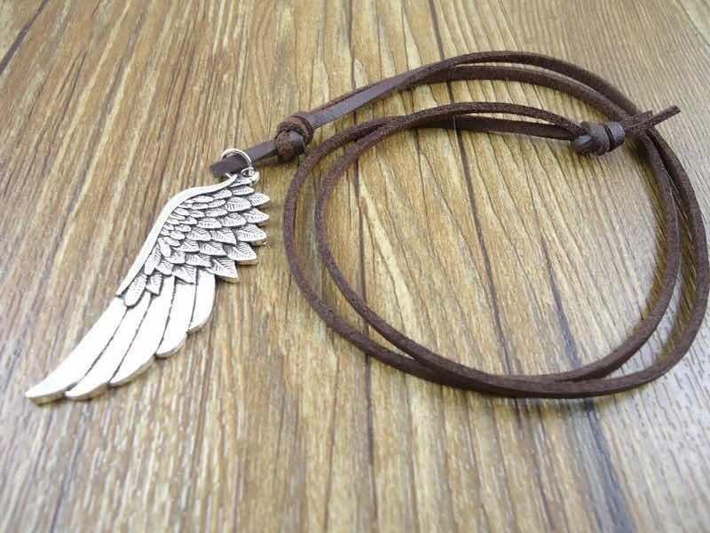 344433986675 collar de cuero para hombre mujer con ala de angel juvenil. Cargando zoom.