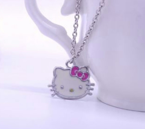 collar de hello kitty