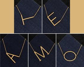 46670628f5df Collar De Letra Titanio Baño Oro Plata + Precio De Mayoreo
