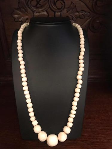 collar de marfil
