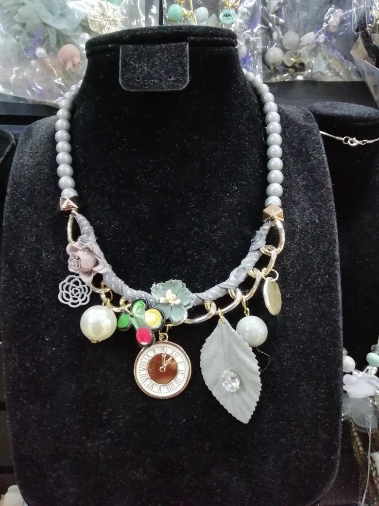 en venta cb302 a1a89 Collar De Moda 2019, Collar De Flores, Precio Mayoreo 2x1