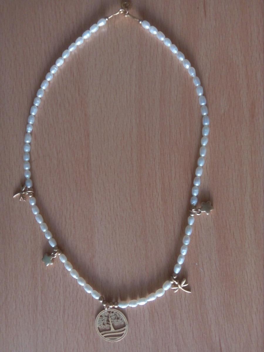 26c753e55aed collar de perlas con dijes de oro laminado. Cargando zoom.