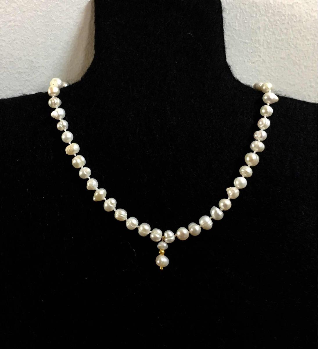07d827af962f Collar De Perlas Naturales Con Chapa De Oro 14 K Con Estuche ...
