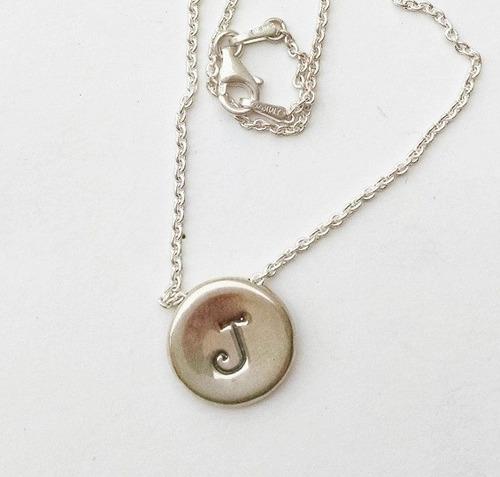 collar dije botón con letra inicial de plata sólida .925