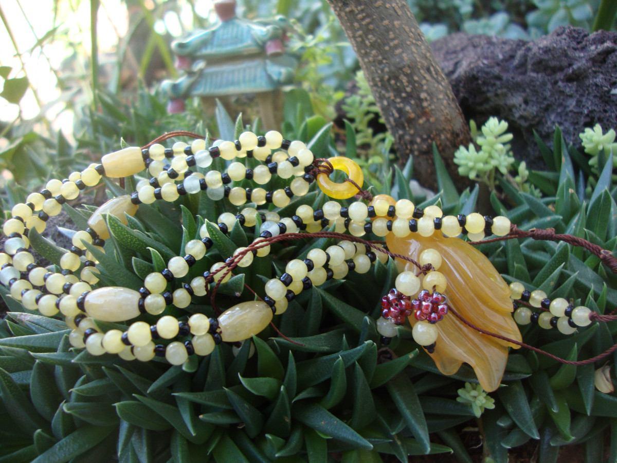 Collar En Jade Amarillo Dije Flor
