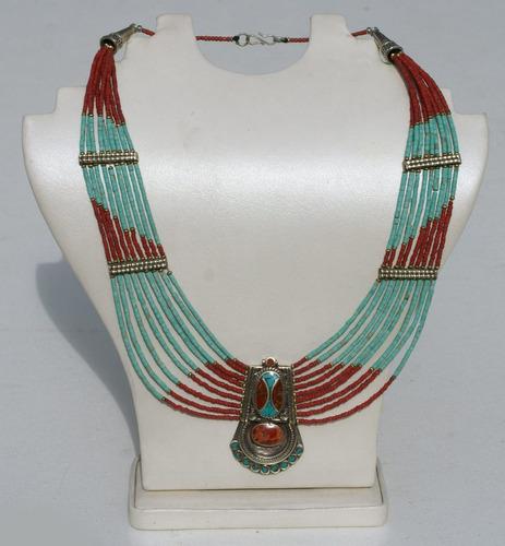 collar etnico de nepal
