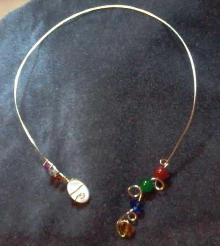 collar exclusivo en alambre tpc piedras semipreciosas