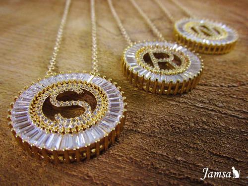 collar letra dije grande circones oro laminado bolsa  regalo