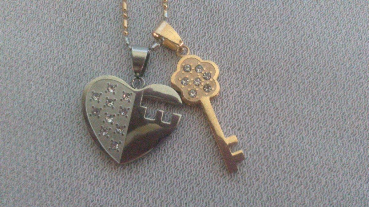 collar llave ,corazon desplegable para enamorados. Cargando zoom.