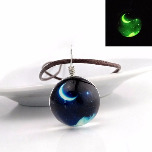 collar luna brilla en la oscuridad envio gratis