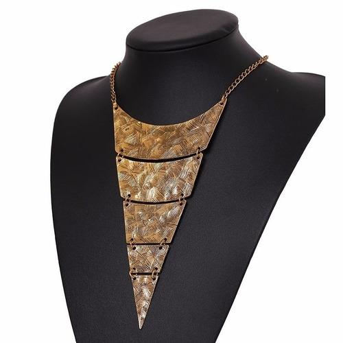 collar mujer diseño exclusivo joyas elegancia