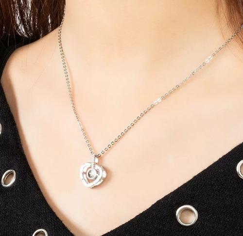 collar; proyecta te amo en 100 idiomas. aleación platino