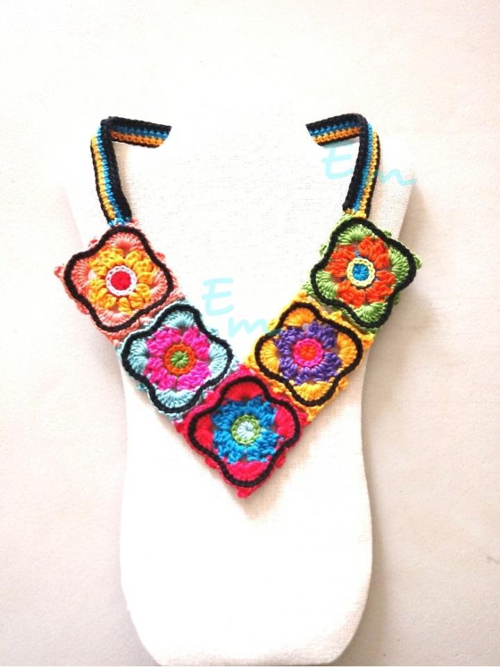 Collar Tejido Crochet Cuadros Colores - $ 299.00 en Mercado Libre