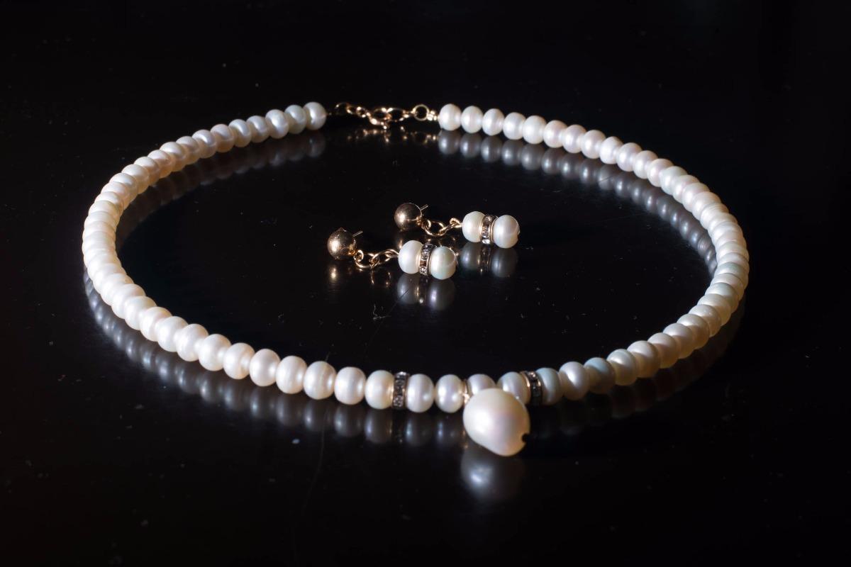 4aacab634132 collar victoria de perlas naturales y oro laminado + aretes. Cargando zoom.