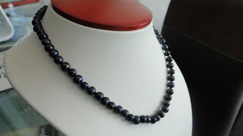 collar y aretes de perlas naturales negras cultivadas