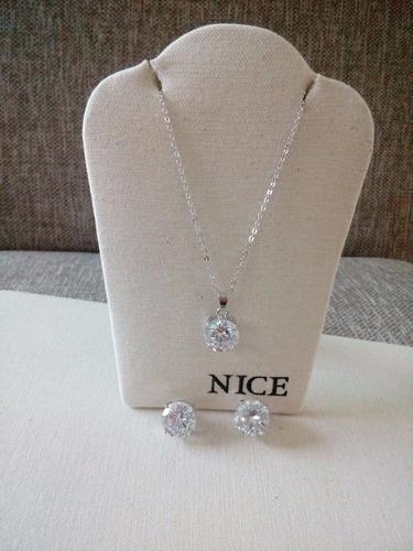 collar y aretes de rodio y piedra diamond nice
