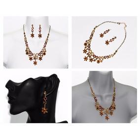 ca0d594d8b24 Collar Elegante Con Flores - Joyas y Relojes en Mercado Libre México