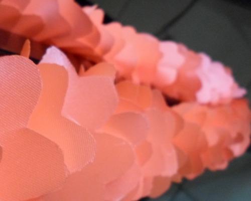 collares hawaianos finisimos c/ canutillos de 60 cm