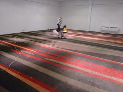 colocacion de flotante, vinilico, alfombra, zocalos, etc.