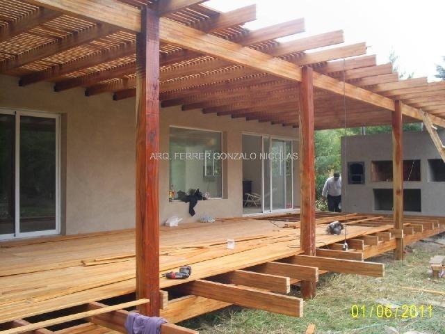 Materiales para cubrir pergolas great techo de alquitran for Materiales para cubrir pergolas