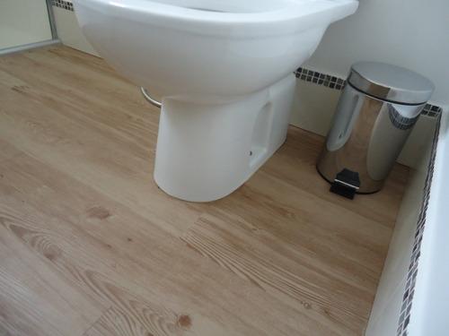 colocación de piso flotante vinílico sistema click