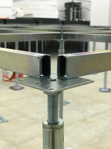 colocacion de piso tecnico acero cemento