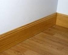 colocación de pisos de madera, flotantes y zócalos