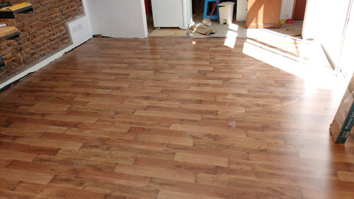 colocacion de pisos flotantes , vinilicos y de madera