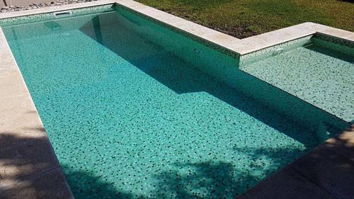 colocacion de venecitas en piscinas, calidad premium.