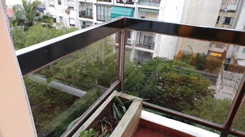 colocacion de vidrios, espejos, mamparas baño, balcones, etc