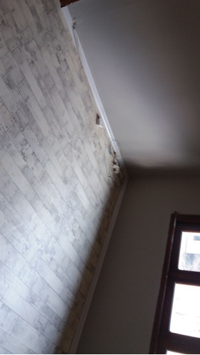 colocador de piso flotante y piso vinilico