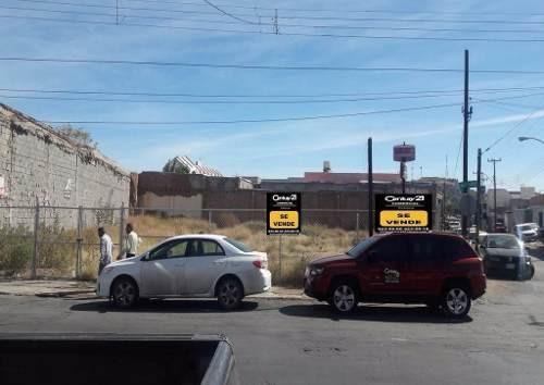 colonia obrera, en esquina, comercial.