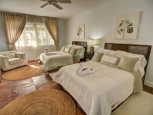 colonial luxury golf & ocean view villa