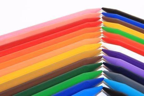 colores creyones plasticos escolares caja de 24 unidades