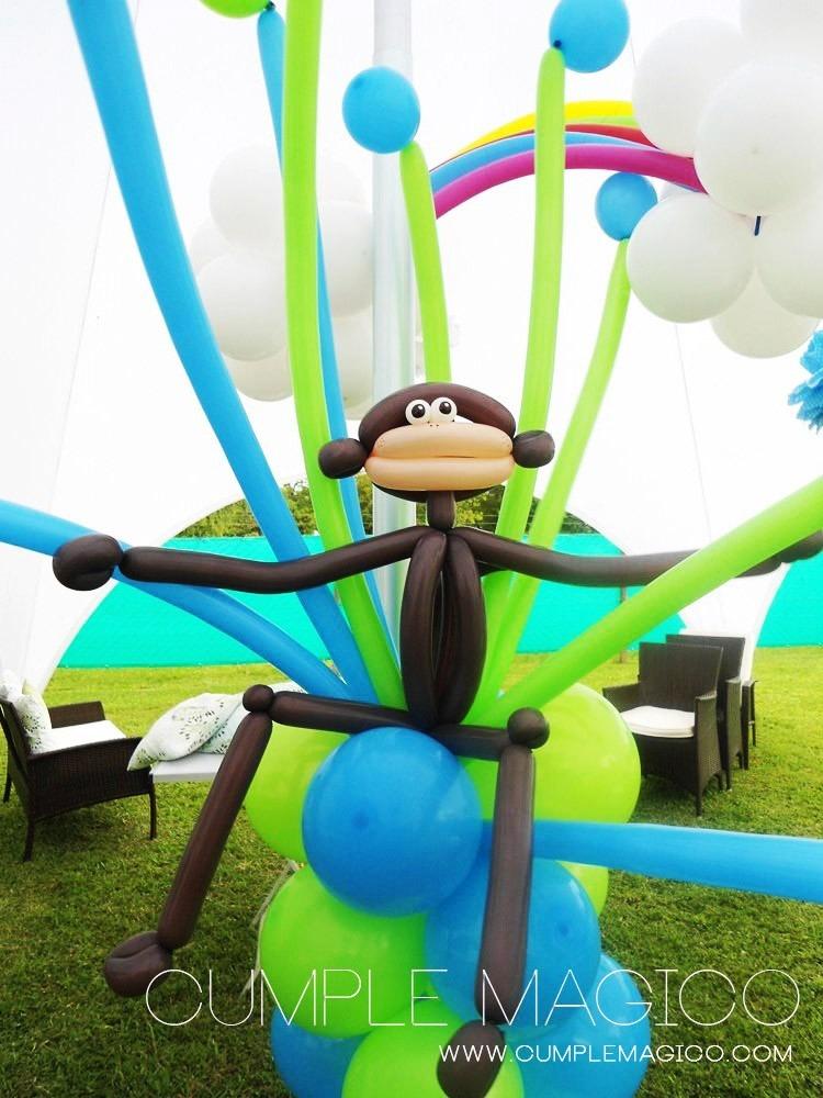 columna de globos con mono decoracin para cumpleaos
