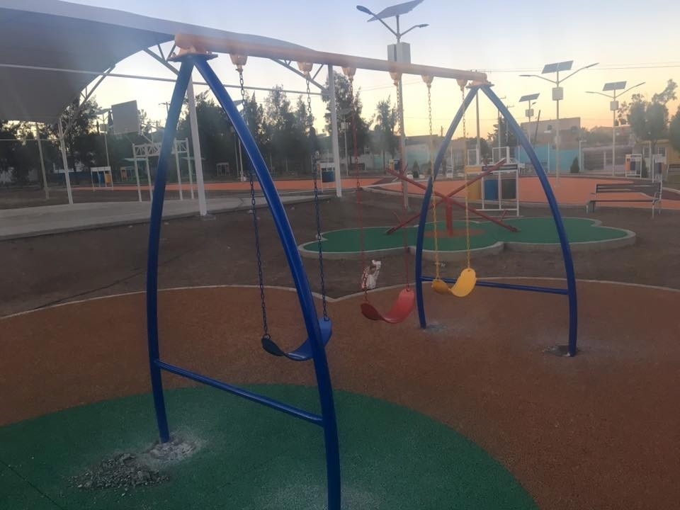 60647e3f9 Columpio Triple Para Parques!! D'a0 - $ 7,900.00 en Mercado Libre