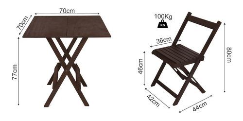 com cadeiras mesas