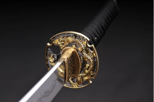 com espada katana