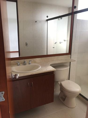 combo completo de baño, mesón, lavamanos, sanitario y mueble