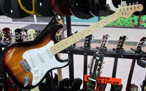 combo completo guitarra amplificador 15 vatios strinberg