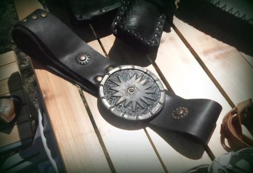 combo de cinto en cuero negro con portacelular en cuero