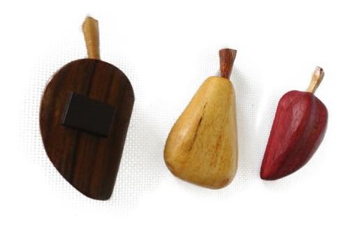 combo de cofre y frutas madera imantadas neveras artesanía